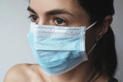Source: https://pixabay.com/photos/mask-surgical-mask-virus-protection-4898571/
