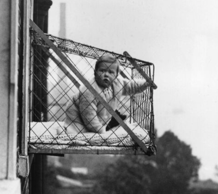 Object+1%3A+Baby+Cage